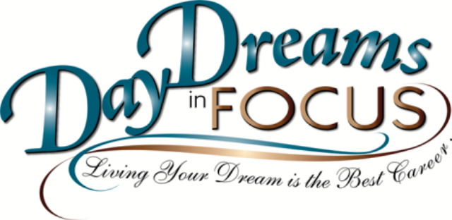 DAY DREAMS IN FOCUS –    DDIF 2019-01